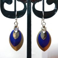 Earrings: Scales and variations