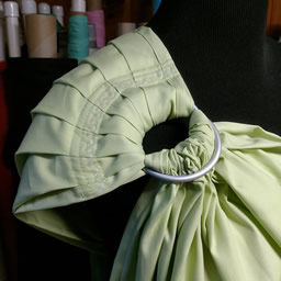 Retro pleated shoulder